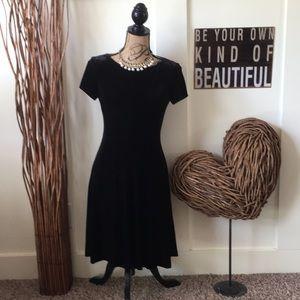 Chaps velvet  short sleeve little black dress